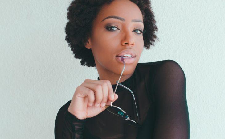 Jak flirtować z mężczyzną, aby go zdobyć. 8 niezawodnych sposobów, które zagwarantują Ci sukces randkowy 😉